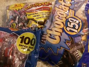 ハロウィンの飴とチョコ