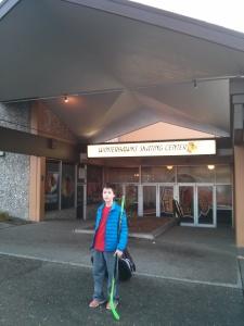 Winterhawks Skating Centerの前で。