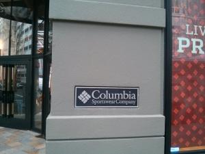 オレゴン発祥のコロンビアの本店♪