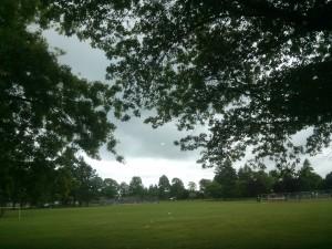 空が暗いです