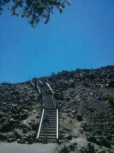 黒曜石の山