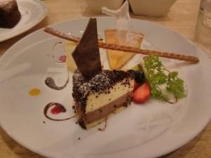 って言うのは冗談で、小樽のLeTaoのケーキよ。