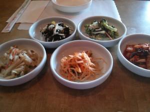 新メニューの韓国ポテサラ最高〜ボウル一杯食べたいくらい(笑)